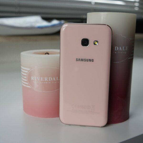(Galaxy A3 (2017