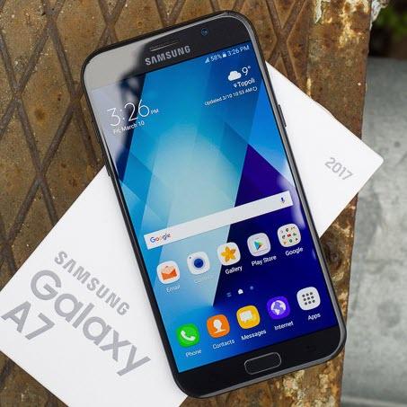 (Galaxy A7 (2017